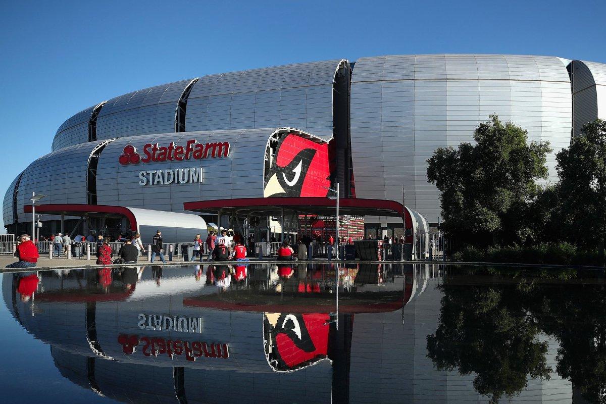Arizona Cardinals stadionning birinchi sport kitobi bo'lgan betmgm ishlayotganini e'lon qiladi